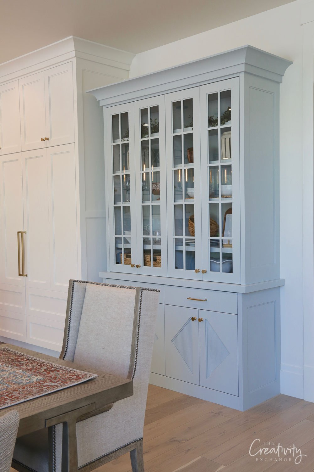Cabinet Painted with Benjamin Moore Smoke
