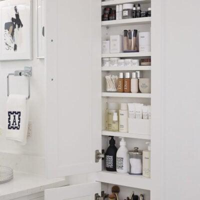 Between the Stud Beauty Product Bathroom Storage